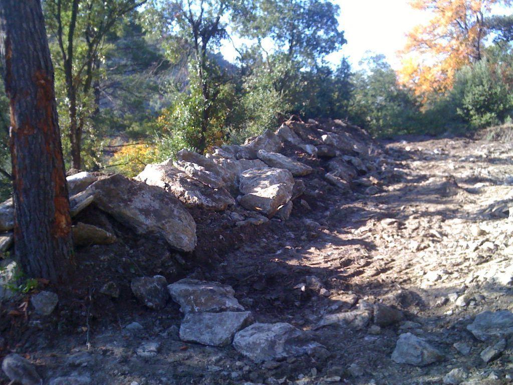 Fin du terrassement choix des menuiseries fondation for Vinaigre blanc dans fosse septique