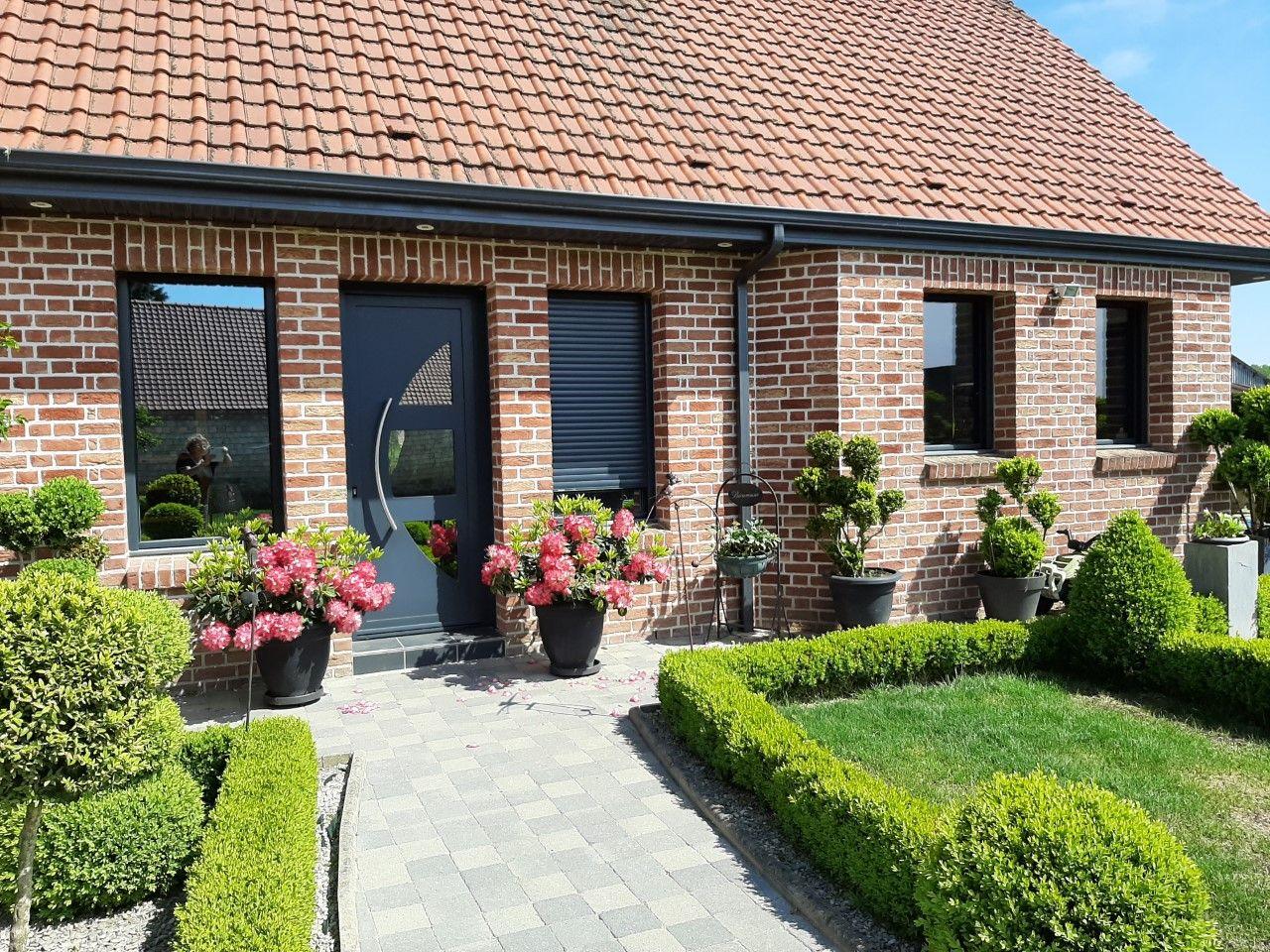 L'entrée principale de la maison