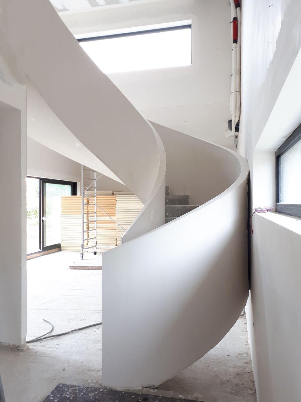 Escalier après finition plâtre