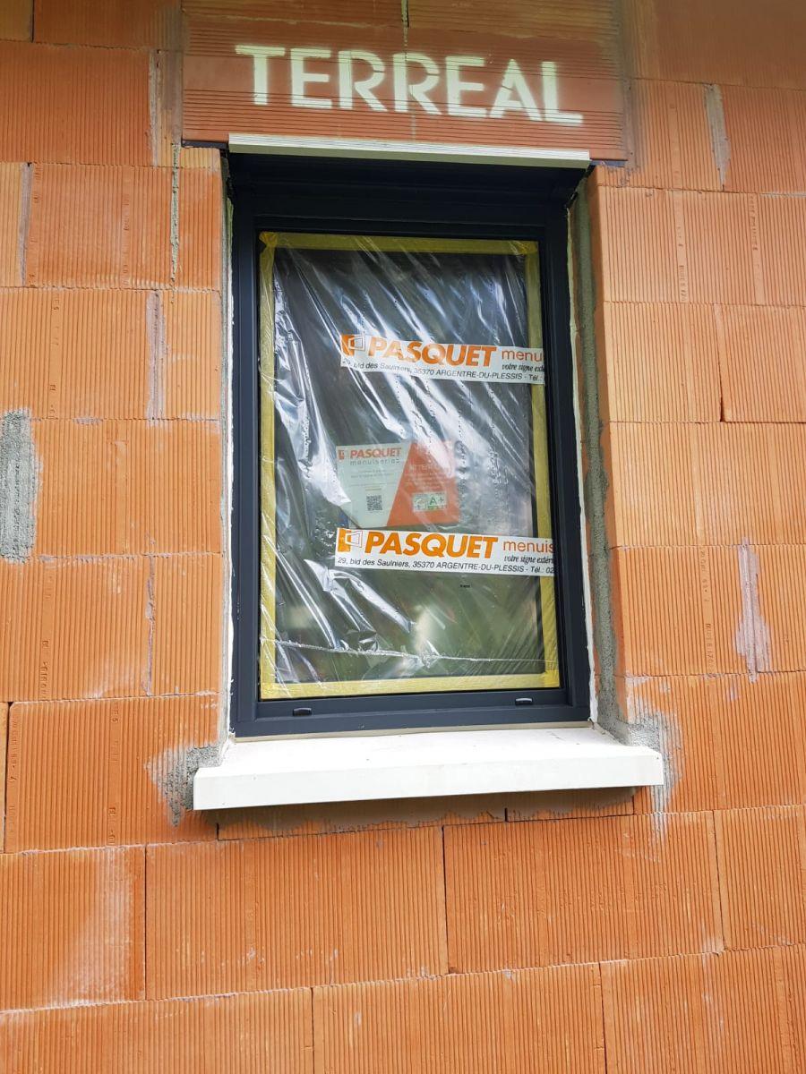 fenêtre PVC RAL 7016