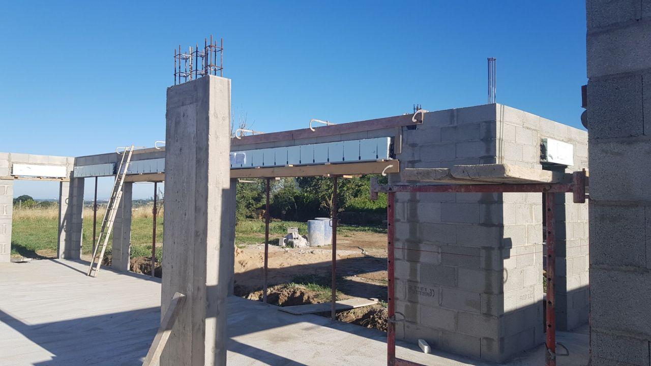Murs du rdc finalisés.