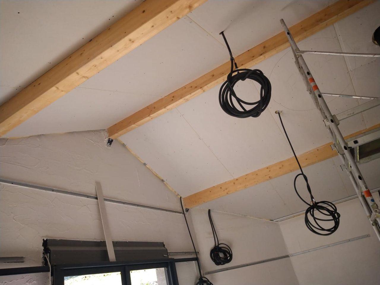 pièce de vie, isolation du plafond fini