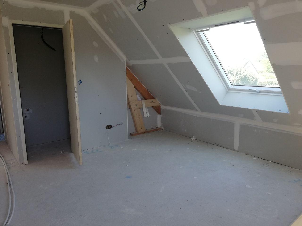 Cloisons posées, mezzanine étage