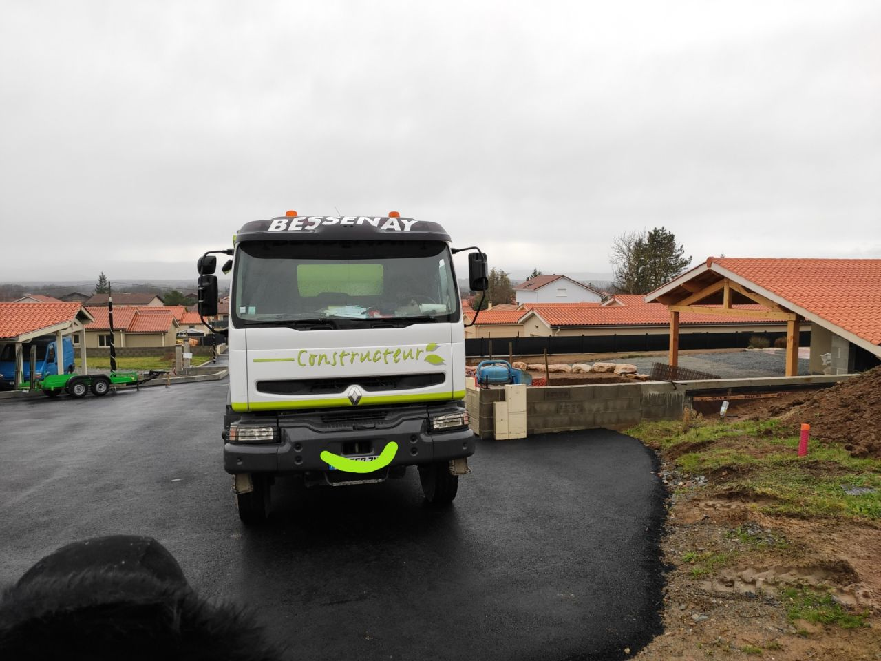 Camion Bessenay Construction