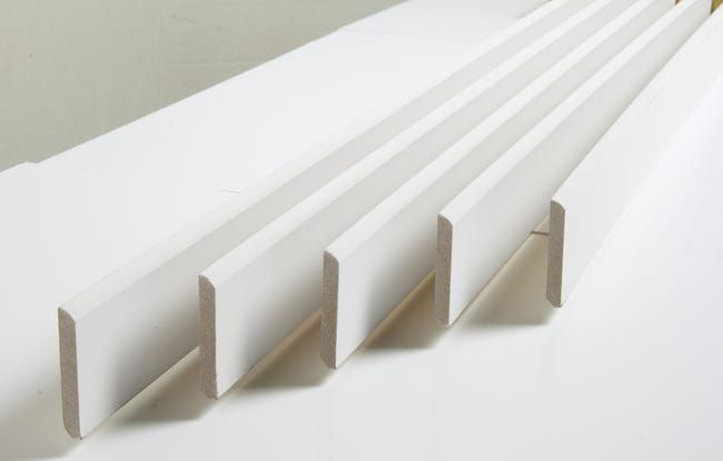 plinthes blanches MDF