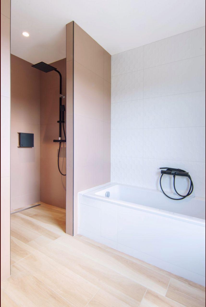 Salle de bain des invites