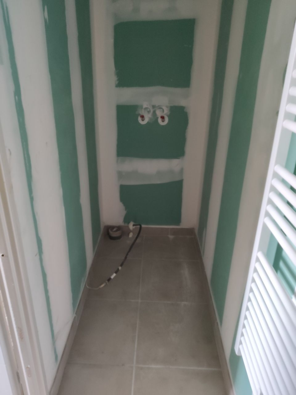 salle de douche RDC