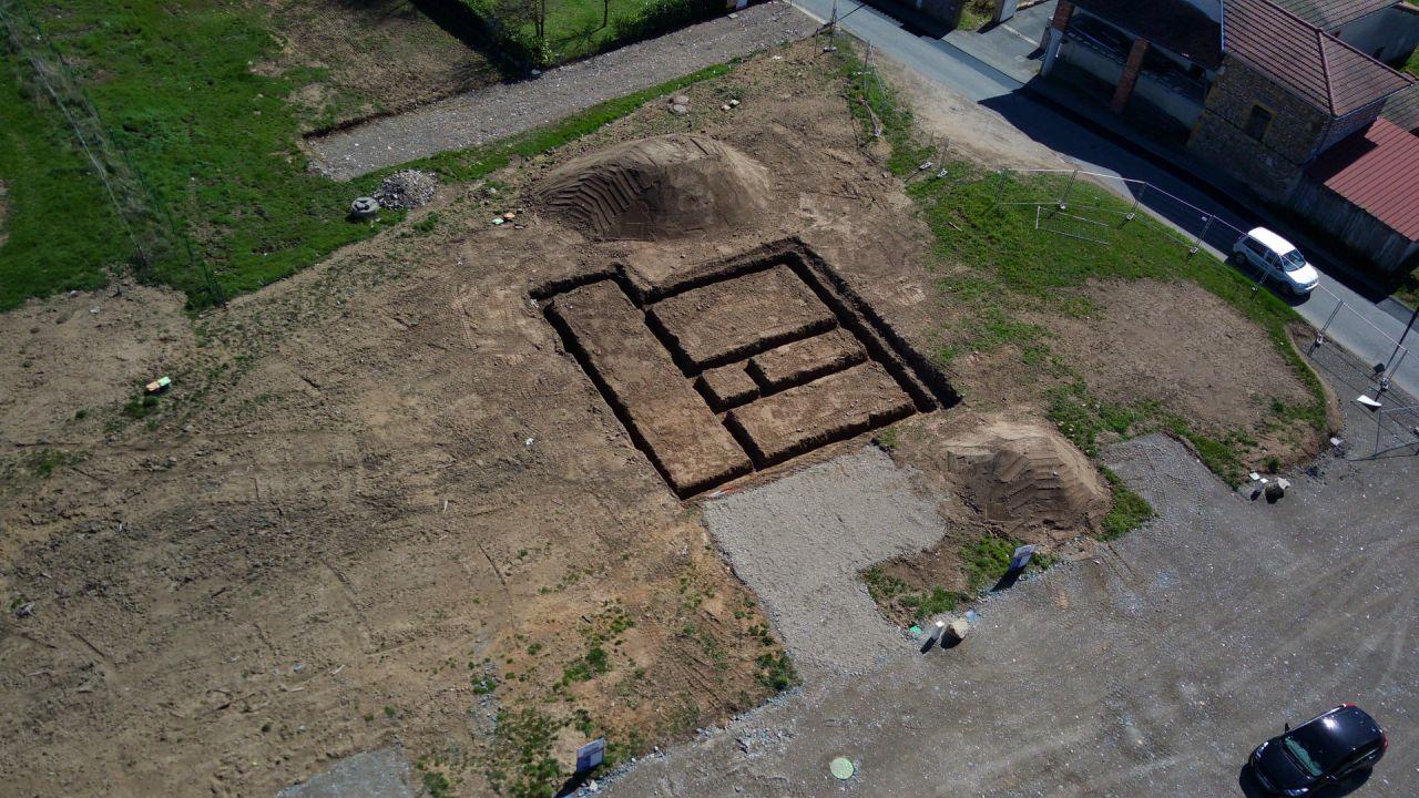 les fouilles creusées