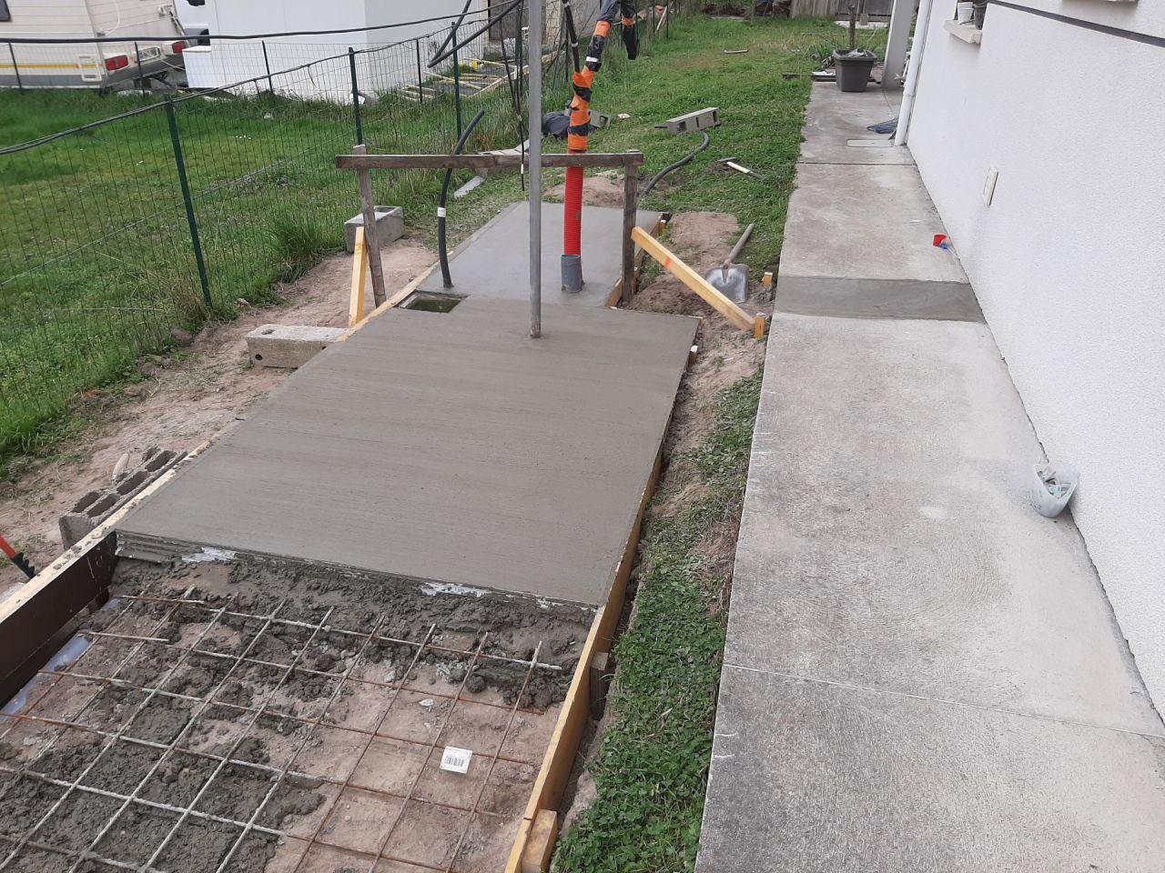 Coulage terrasse file à linge / plateforme PAC