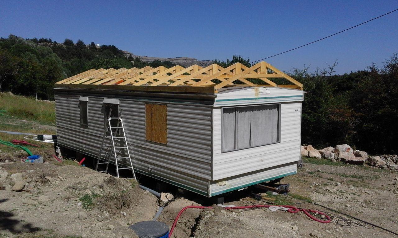 Mobilhome toiture avec fermettes