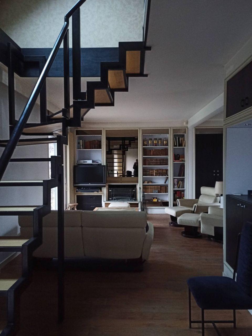 Le premier étage, repensé en 1991 comme la pièce maitresse de la maison.