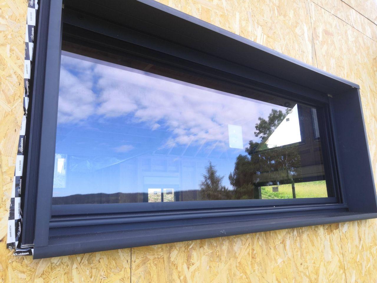 Fenêtre fixe salon