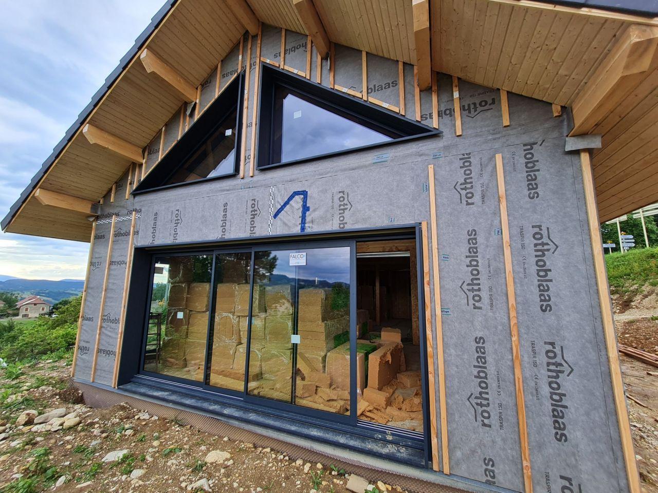 Fenêtres triangles + baie vitrée 4.5mètres