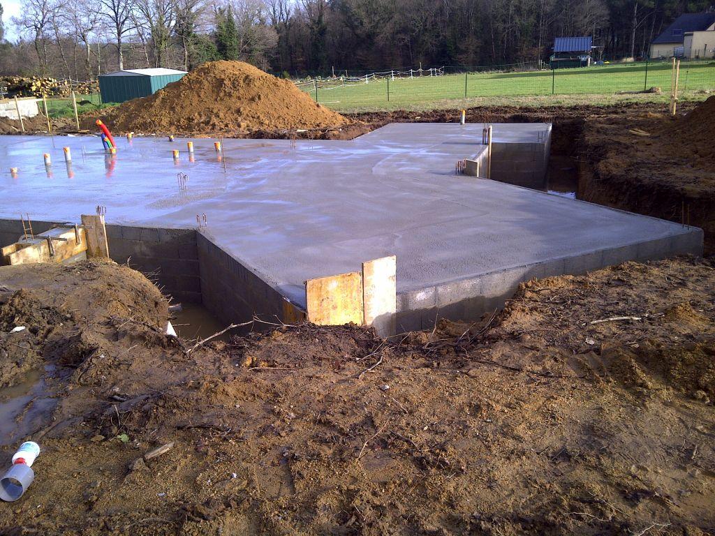 Vs termin elevation murs partie habitation dalle for Forum construction piscine 56