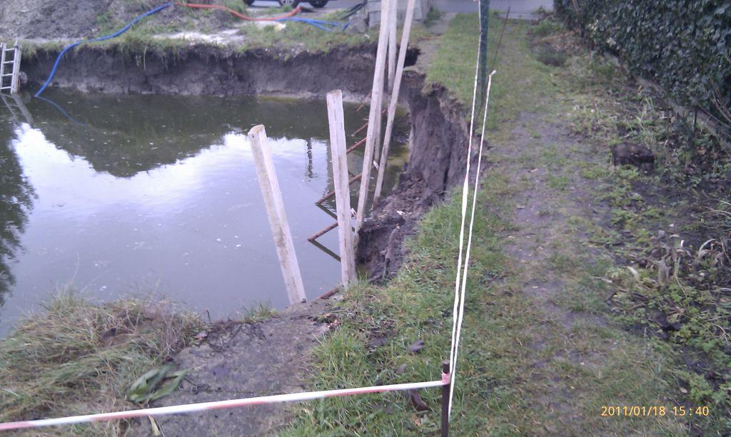 éboulement du terrassement réduisant l'accés au pavillon en lot arriére