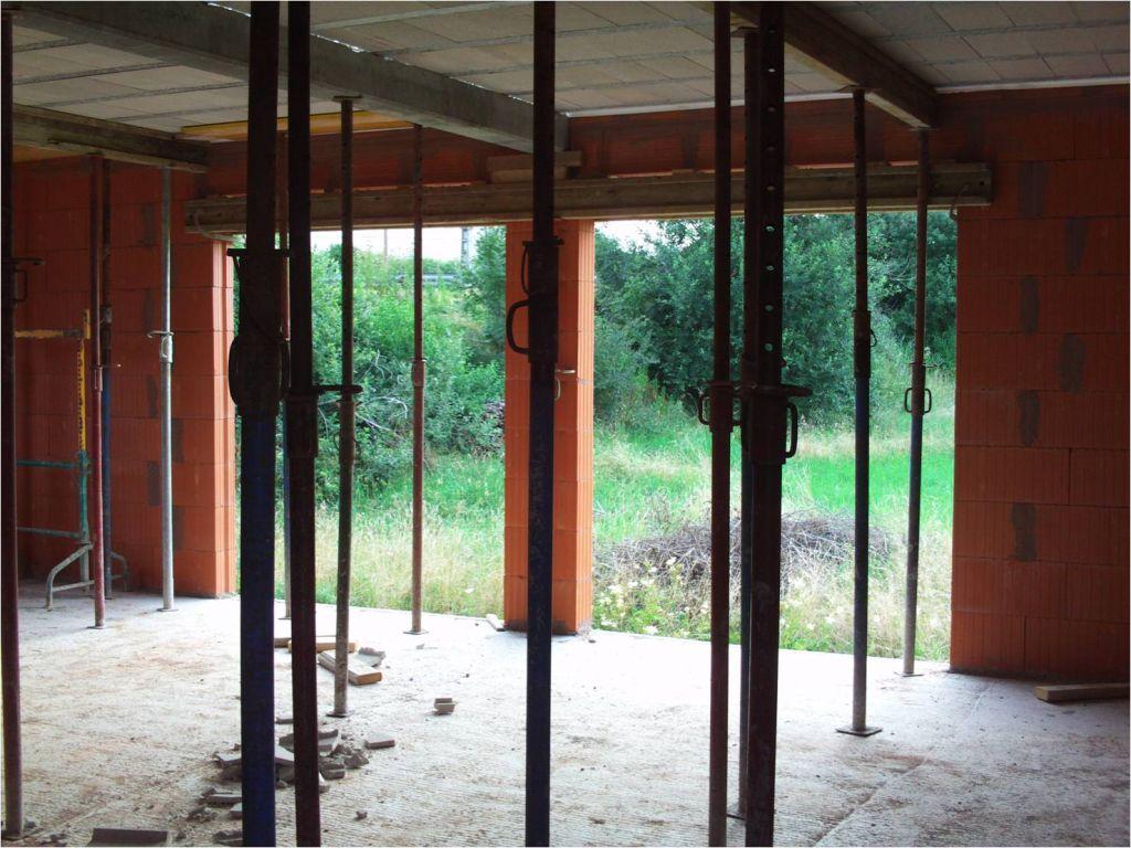 vue depuis la chambre sur les ouvertures pour les baies vitrée 2 x 2.00*2.20