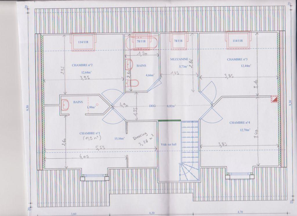 Le plan de l'étage avec les cotes.