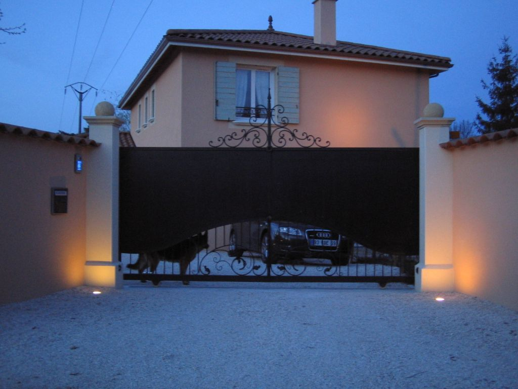 Sondage du mois quel portail pour votre maison 11 messages - Quel groupe electrogene pour une maison ...