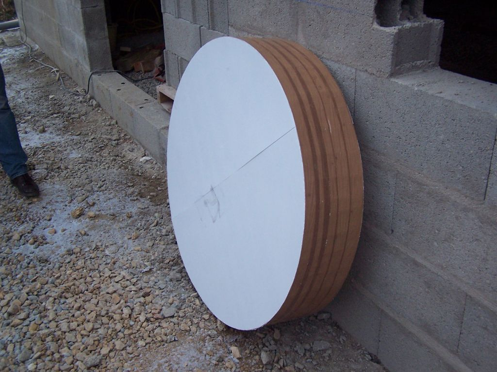 reprise des travaux escalier coffr fabrication du gabarit pour le coffra. Black Bedroom Furniture Sets. Home Design Ideas
