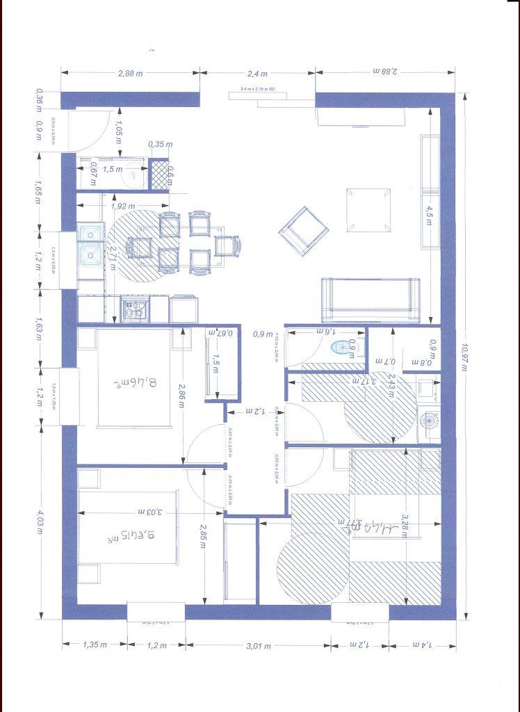 Plan modifié afin de respecter la norme pour entre dans la salle de bain/wc et la chambre avec un couloir élargi à 120cm. <br /> Reste toujours la porte d'entree ? je ne sais pas si la largeur est suffisante et si c'est a la norme handicapé.