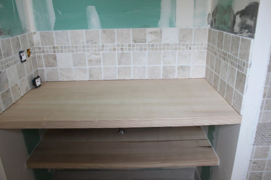 Le menuisier est pass vrd le terrassier est venu herault for Quel plan de travail pour salle de bain