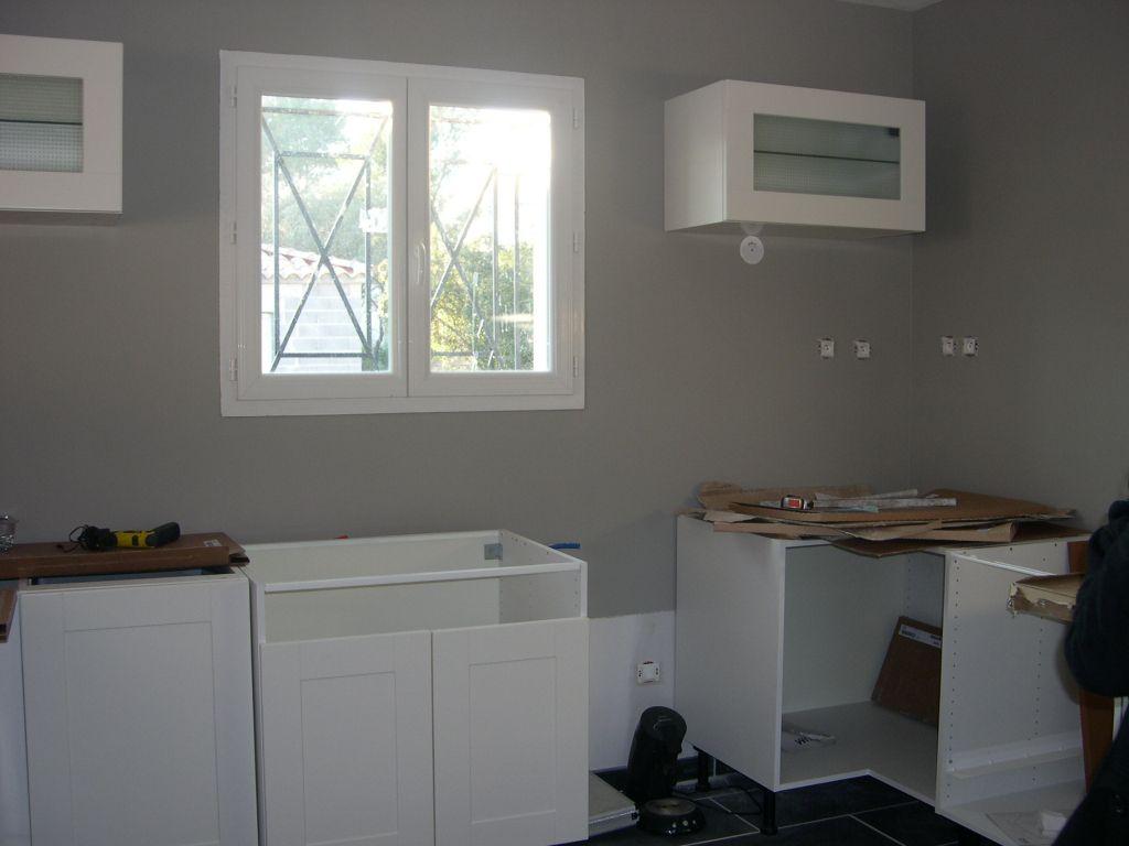 Couleur mur cuisine avec meuble blanc 13 messages for Cuisine mur blanc