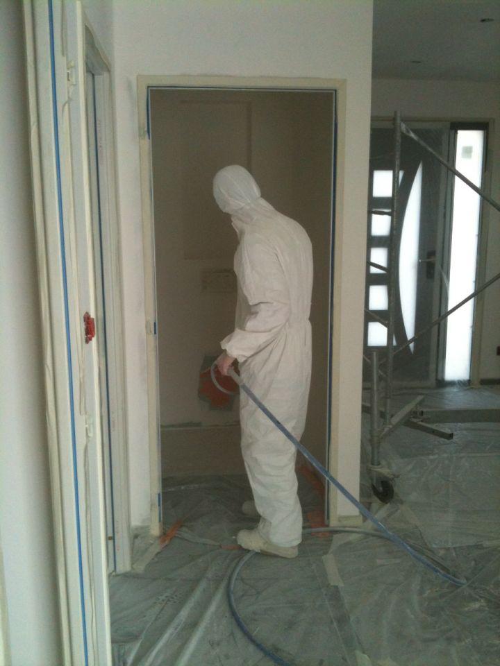 Peinture du rdc mezzanine pose de l 39 escalier et des for Quel peinture pour plafond