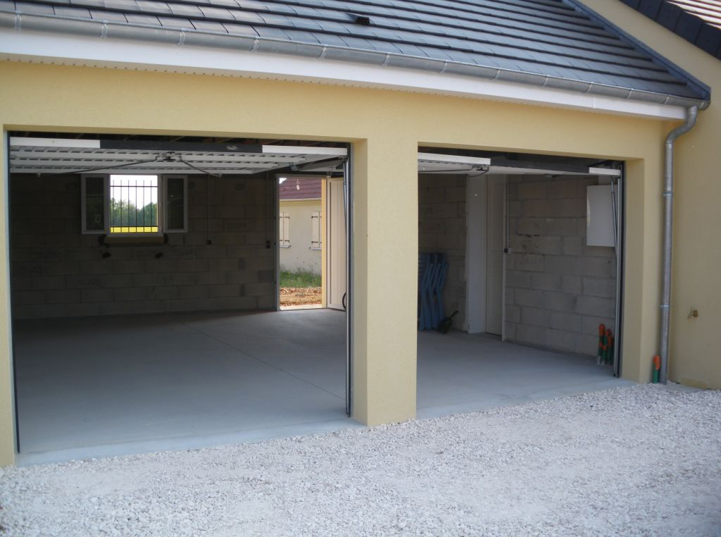 Dimensions garage 8 messages for Dimension standard porte de garage double