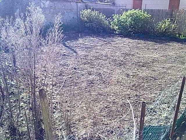 Partie au fond du jardin côté Sud