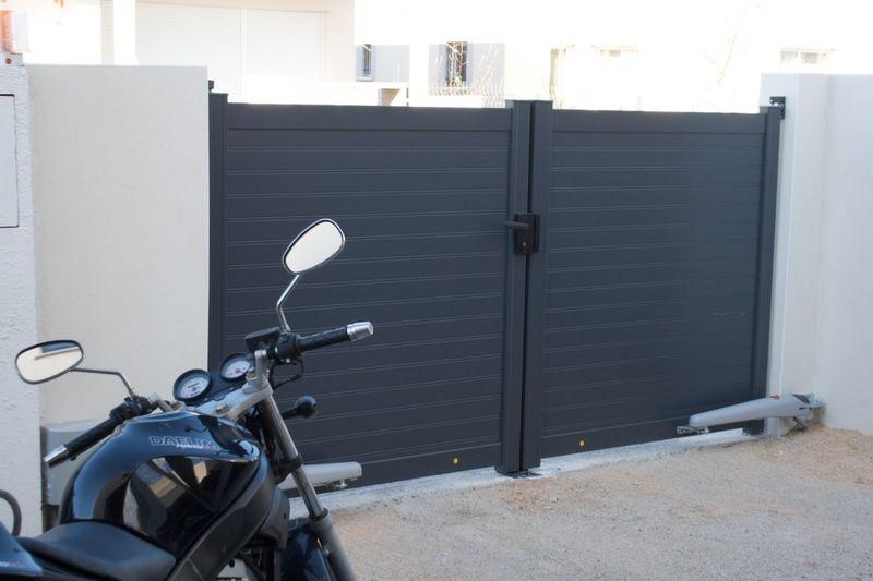Portail gris - Sete (Herault - 34) - février 2009