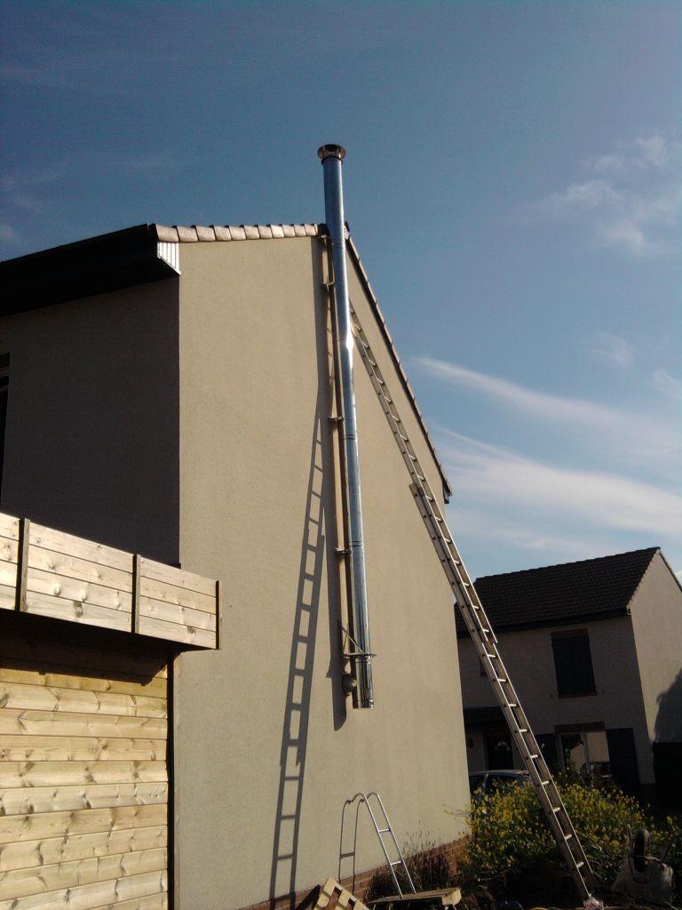 Pose d 39 un po le bois 13 messages - Comment installer un poele a bois sans conduit de cheminee ...