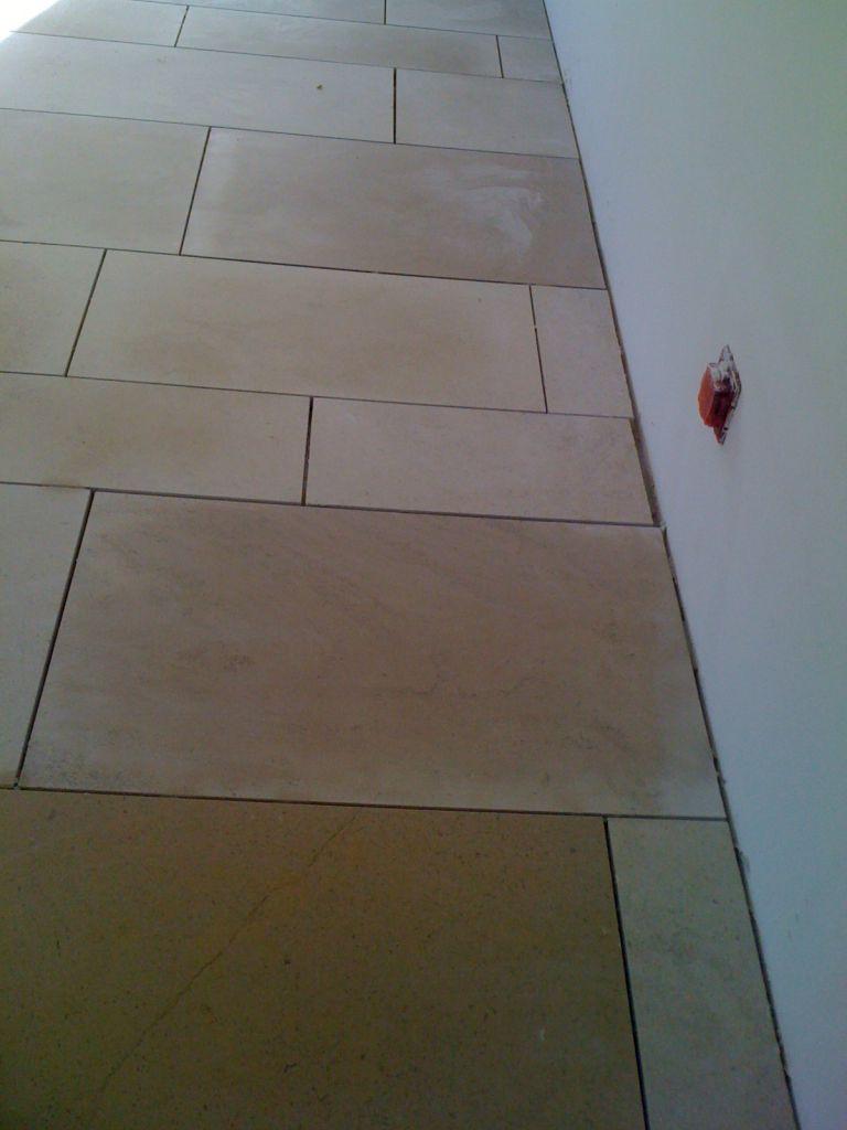 Photos pierre carrelage sdb les salles de bains for Carrelage pierre salle de bain