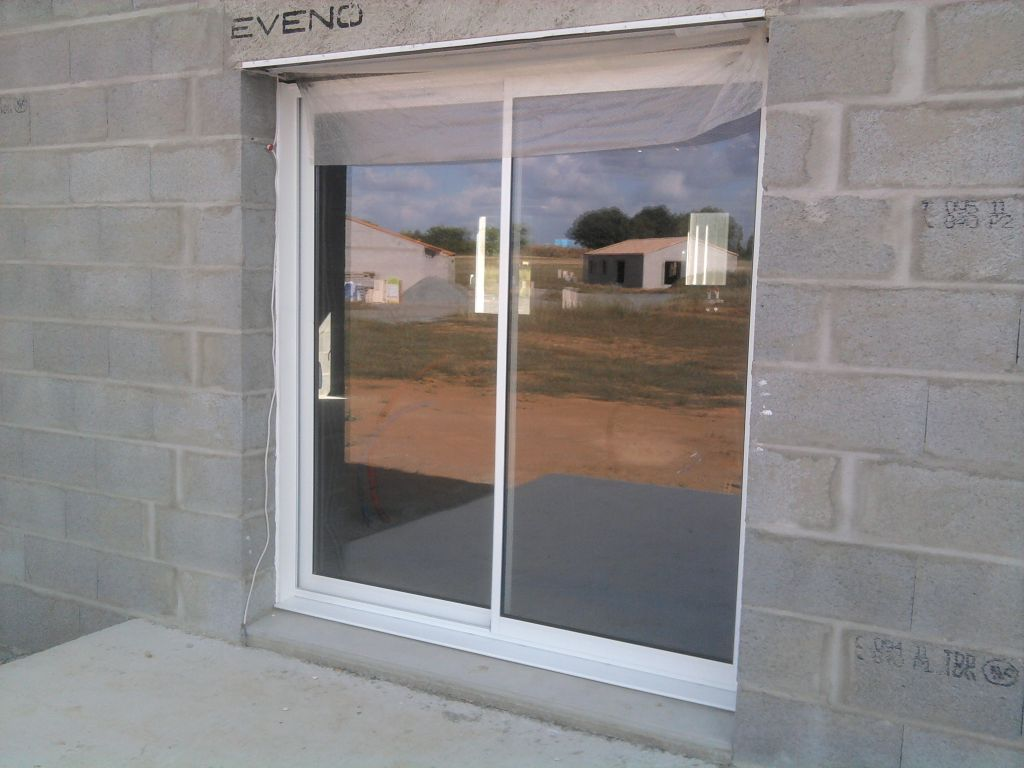 baie vitrée donnant sur la terrasse