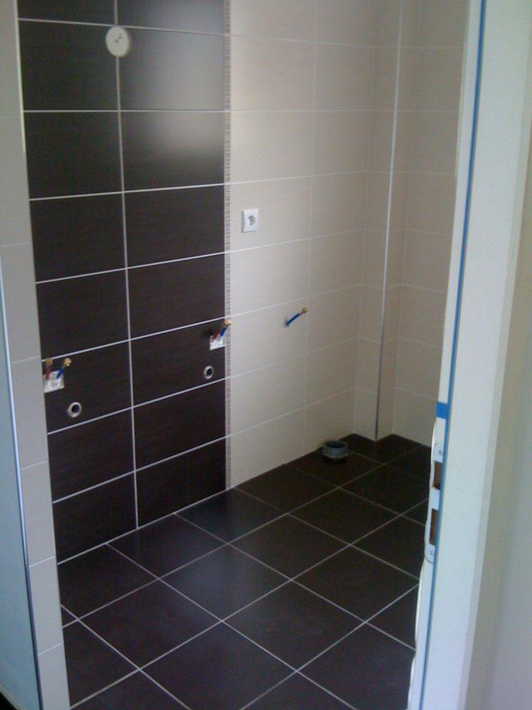 Placard ou meubles dans une salle de bains 5 messages for Placard salle de bain