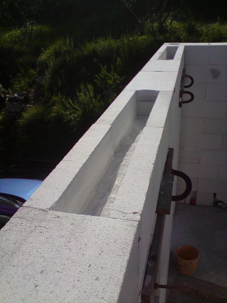 linteau de fenêtre de 60 blocs standart évidés à la scie et burin à brique