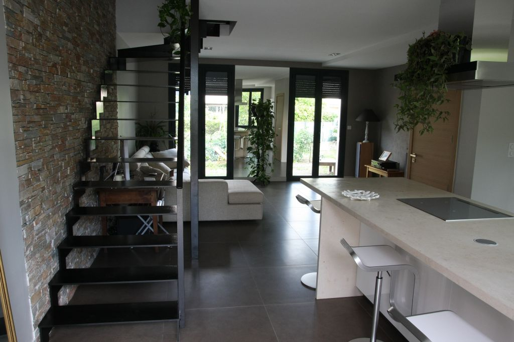 Autre pièce habitable 46m2 revêtement parement brique / pierre - Perpignan (Pyrenees Orientales - 66) - juin 2011