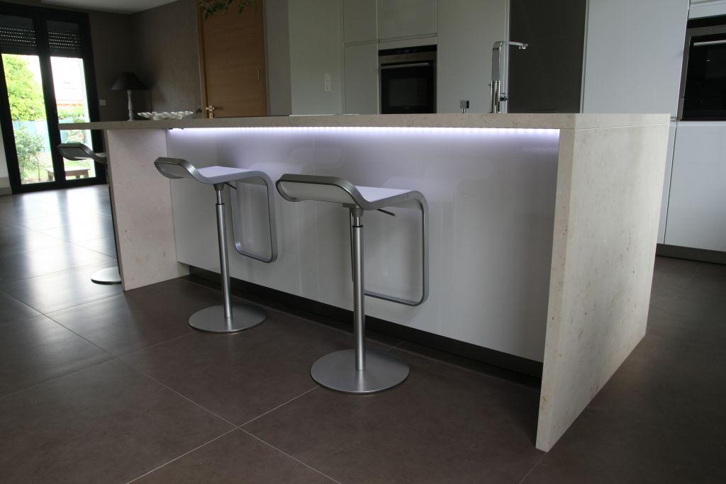 Autre pièce habitable 46m2 mobilier blanc - Perpignan (Pyrenees Orientales - 66) - juin 2011