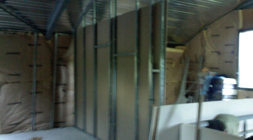 Cloison placo grande hauteur 7 messages - Comment fabriquer une porte en acier ...
