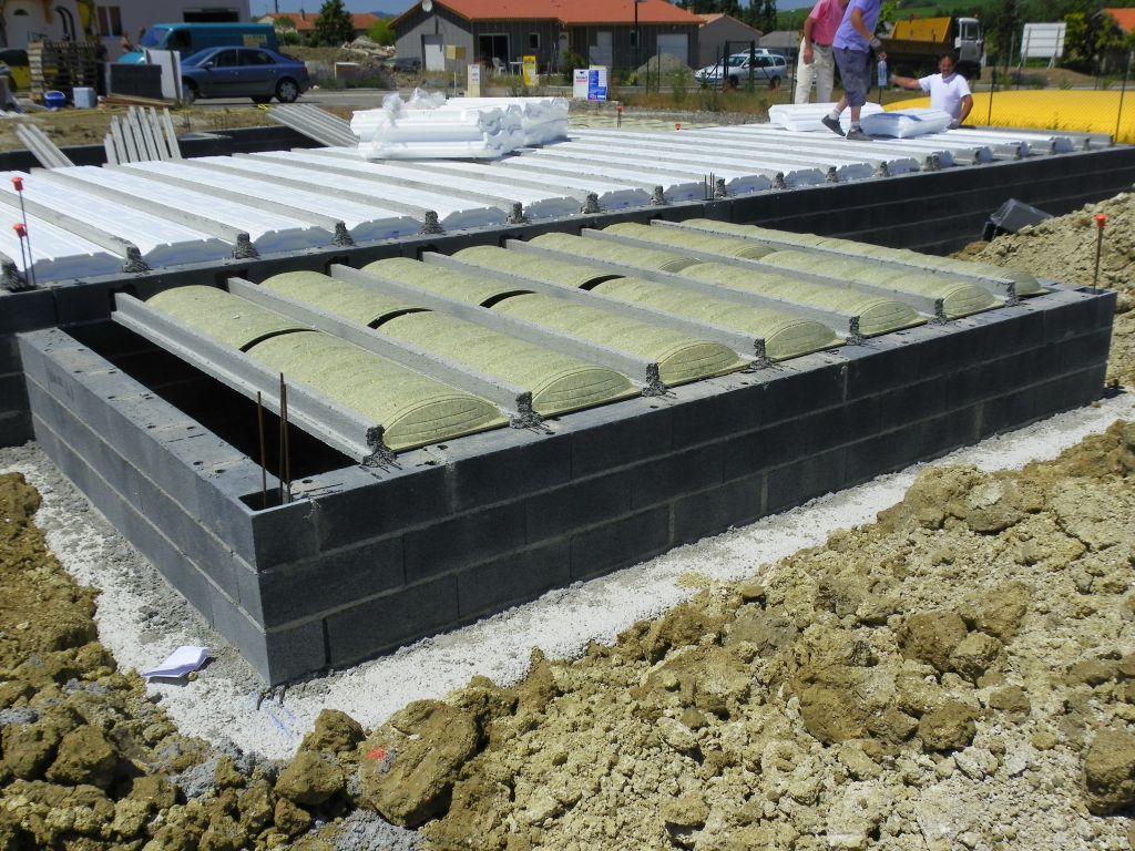 Construction de la dalle, vue de la futur terrasse.