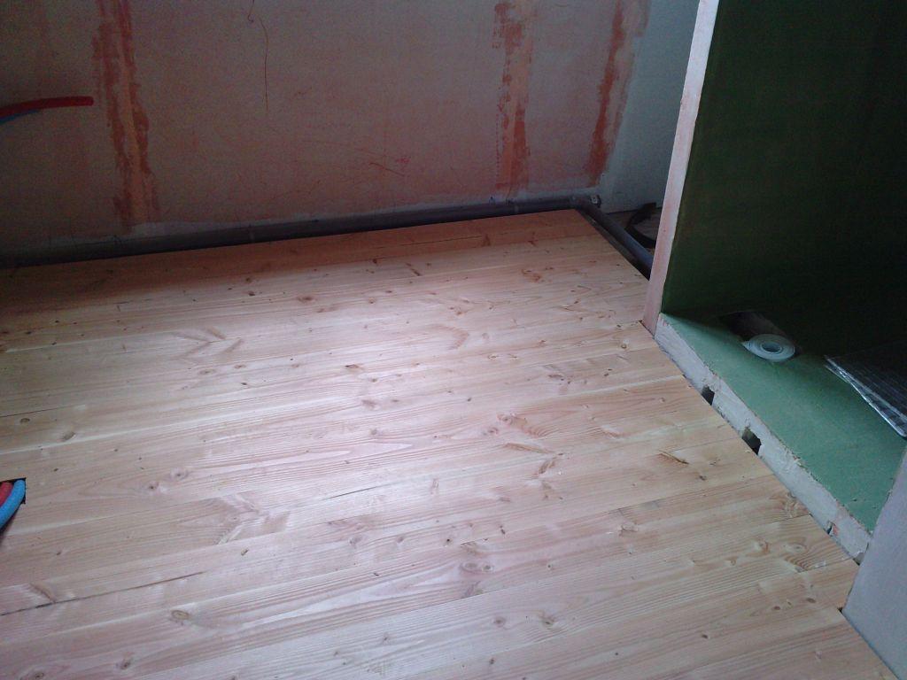 salle de bain premi re plancher l 39 tage peinture entre autre daoulas finistere. Black Bedroom Furniture Sets. Home Design Ideas