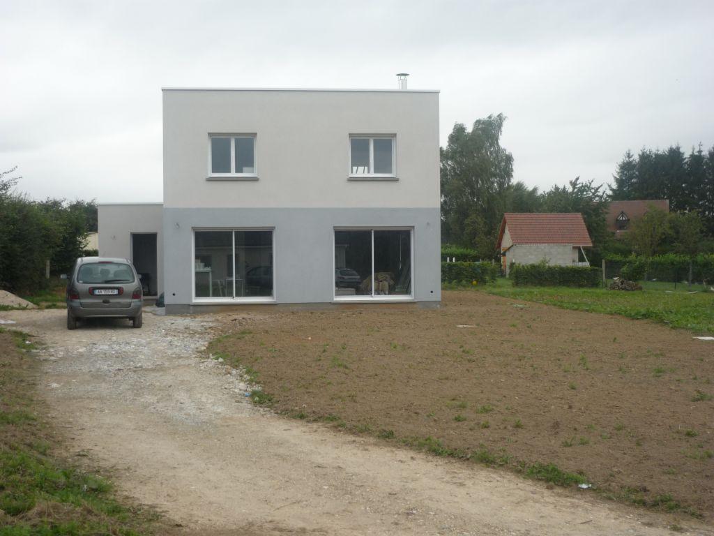 Maison ortelli cubique a toit plat semi auto construction for Modele maison le masson