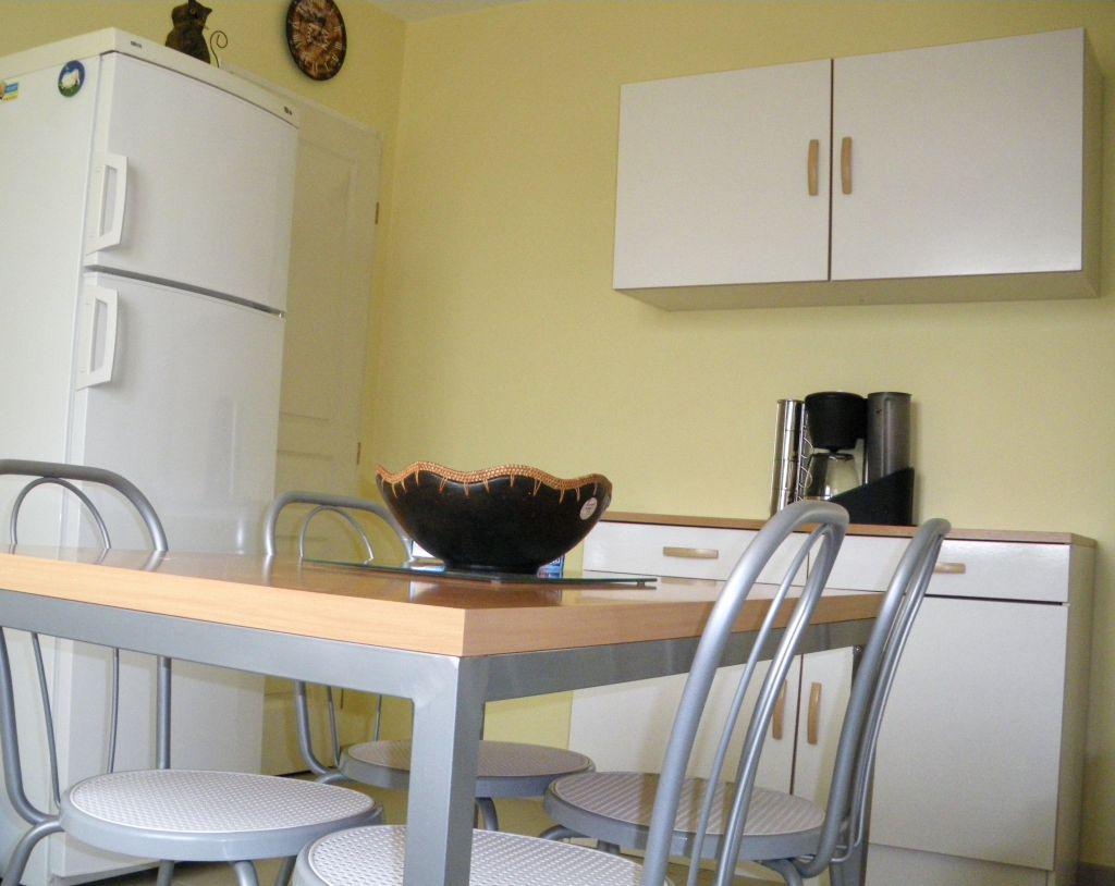 Carrelage pour cuisine blanche cuisine crdence cuisine - Cuisine cosy fly ...