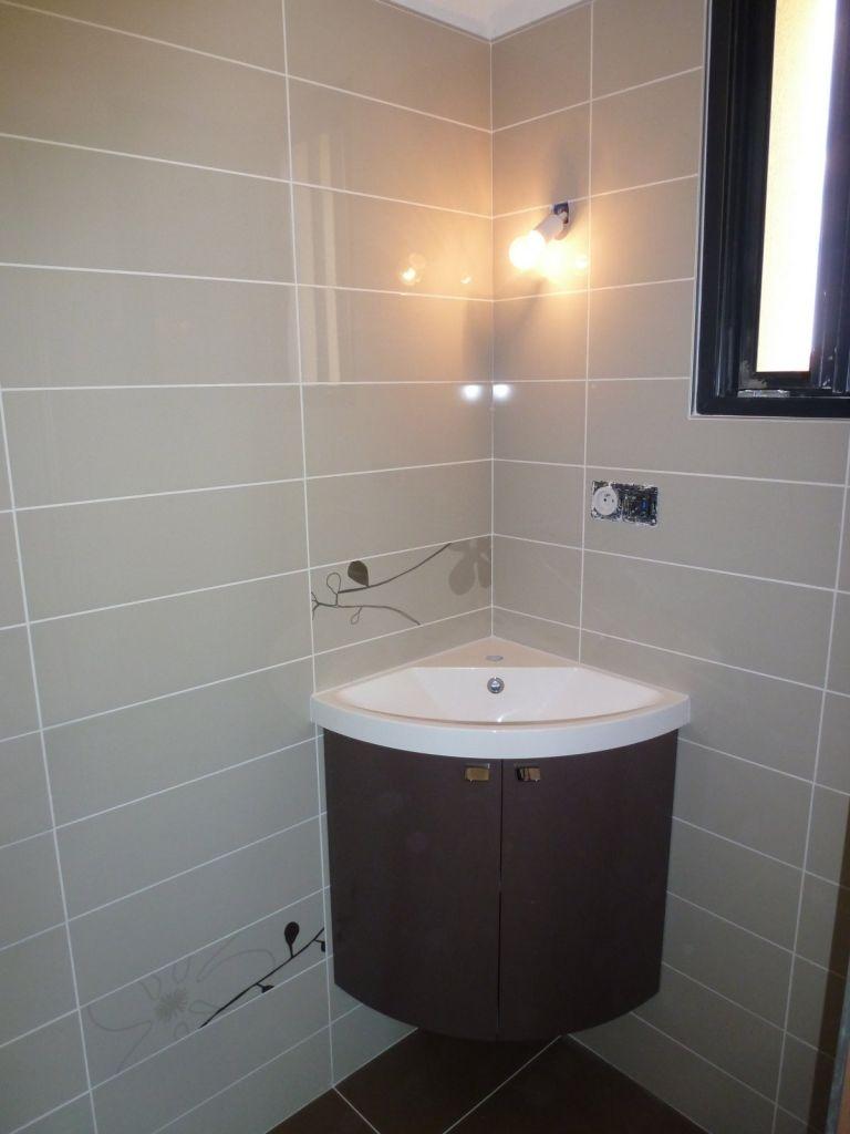 Photos de vos salles de bain une fois termin es 1340 for Miroir d angle pour salle de bain