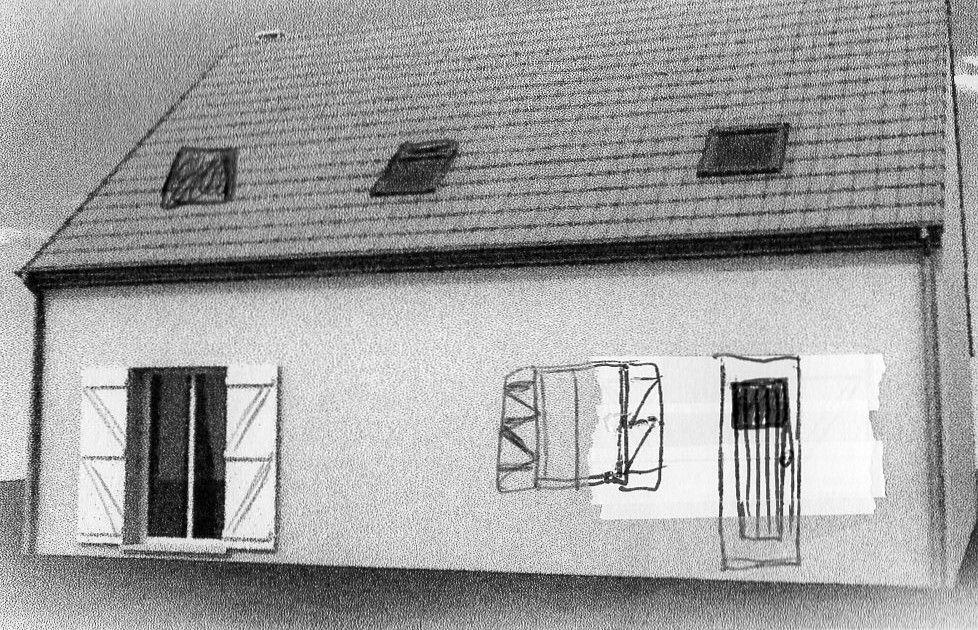 Vue arrière de la maison avec les modification fenêtre   porte de service