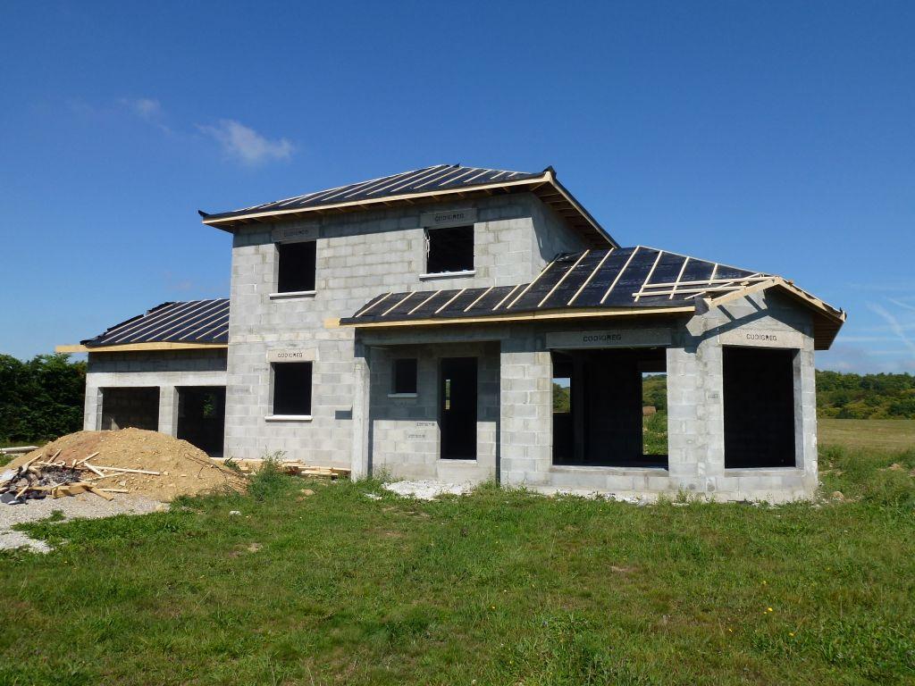 D bord de toit doit faire ses preuves isere for Debord toiture