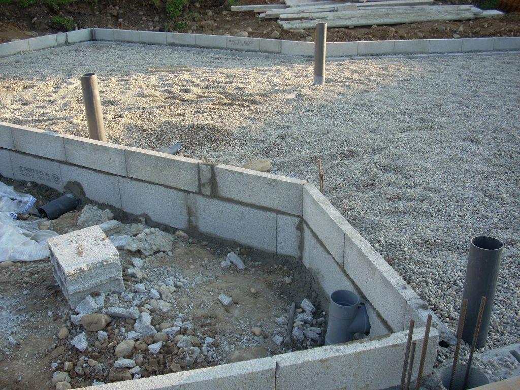 Sorties eaux usées   prise air pour poêle à granulets.