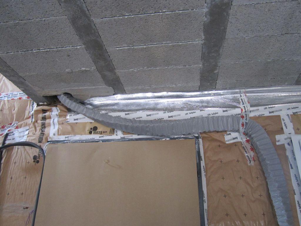 Isolation des plafonds difficult d 39 vacuation de l 39 eau sur le toit plat choix de l - Gaine vmc plate ...