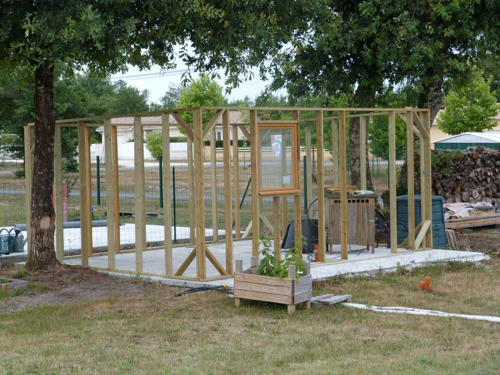 Entr e finition caniveau hiver a l 39 int rieur for Comconstruction d un abri de jardin