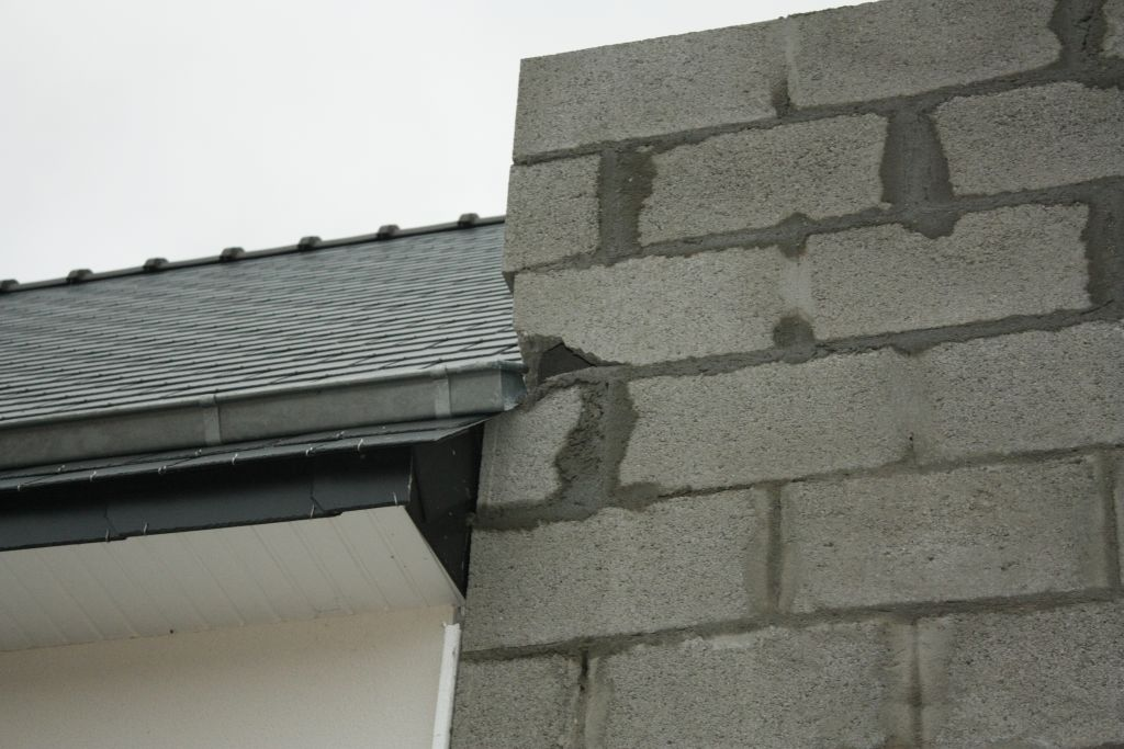parpaings contourné de la toiture