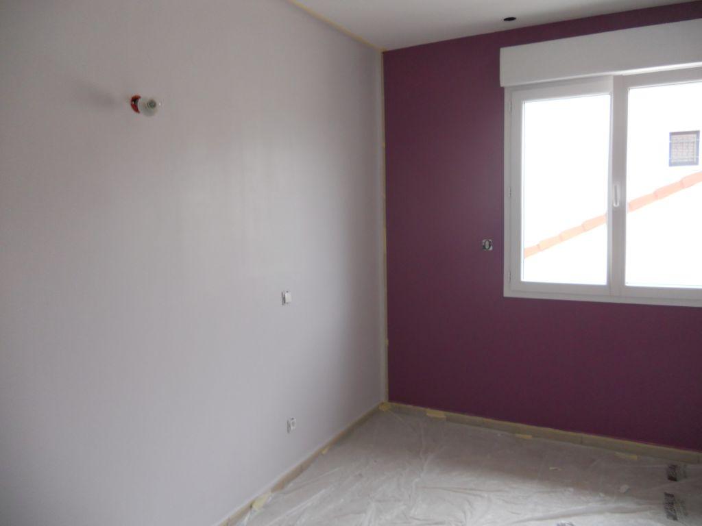 peinture choix du mur fonc 5 messages. Black Bedroom Furniture Sets. Home Design Ideas